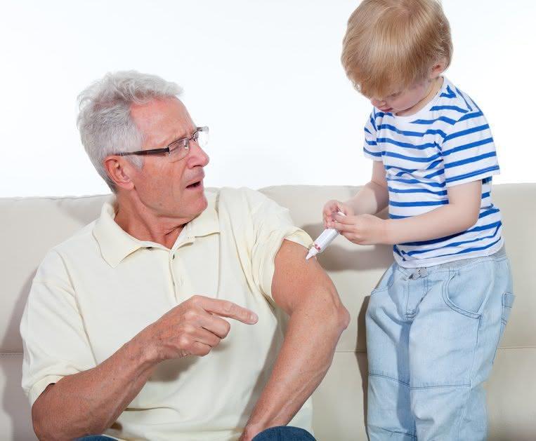 wichtige-impfungen-im-alter