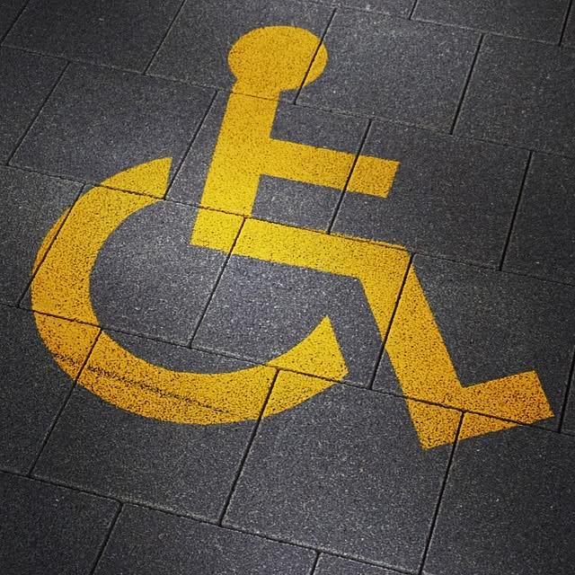 Rollstuhl einstellen