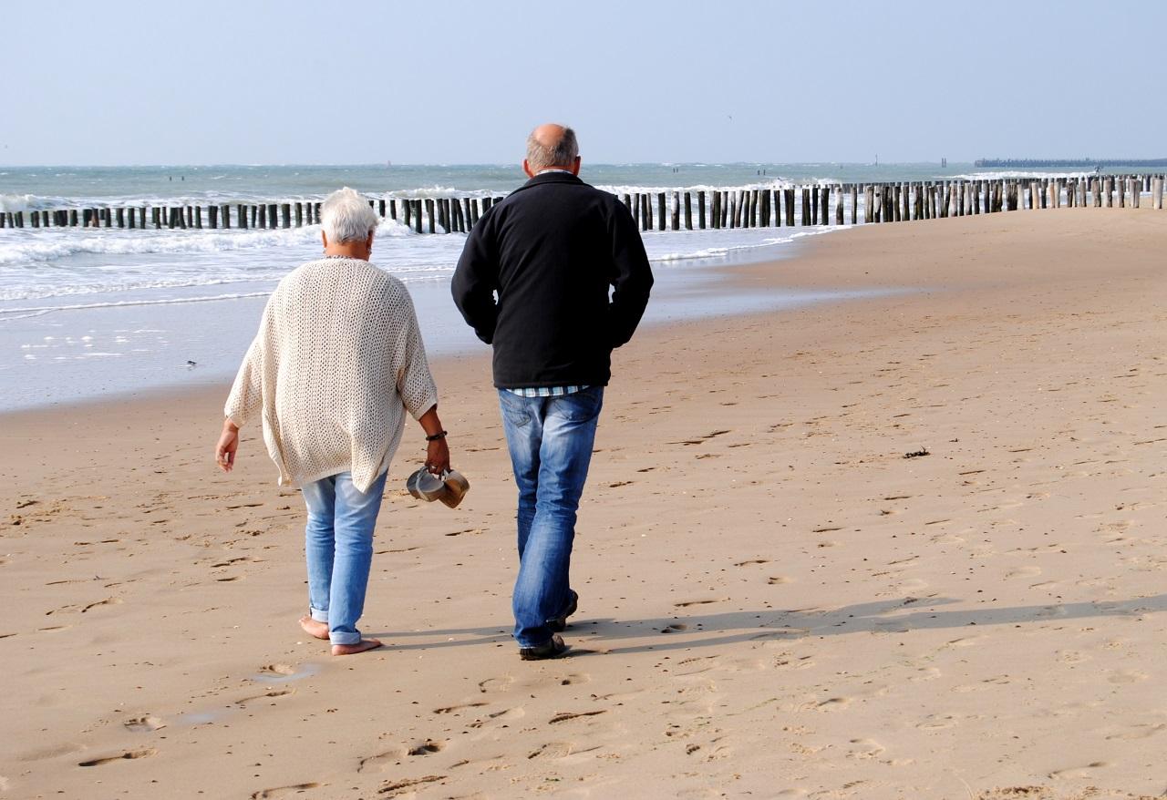Senioren Paar am Strand