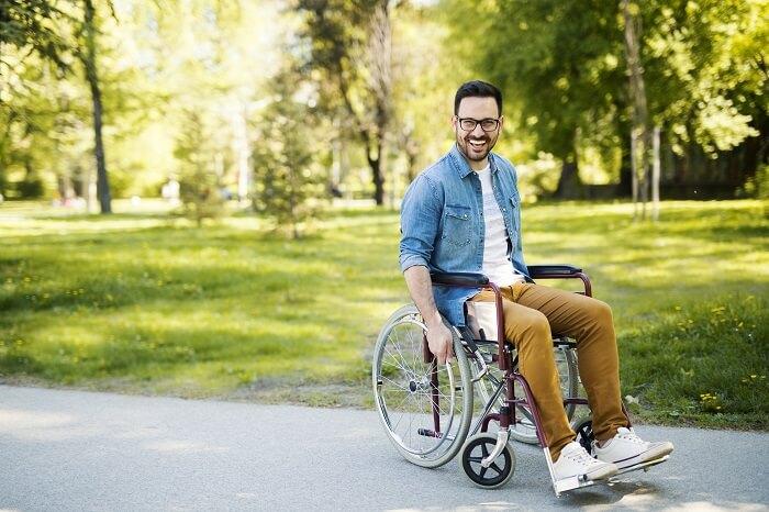 Rollstuhl ausleihen im Sanitätshaus