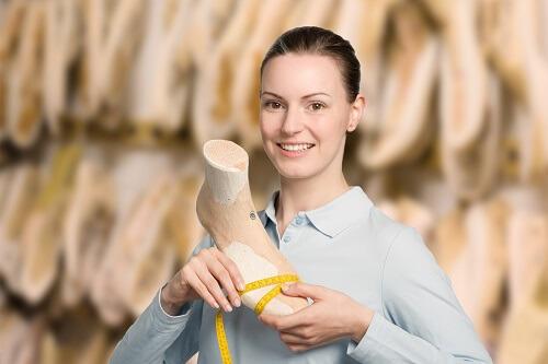 Schuhzurichtung im Sanitätshaus Alippi